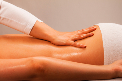 Swedish massage benefits your muscles by a professional masseuse.