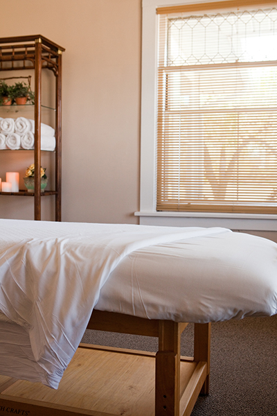 libertyville-massage-about-clinic